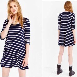 BDG 3/4 Sleeve Swingy Tee Dress L